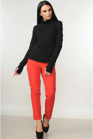 """Костюм  """"Бэйс-Хілтон"""": чорний гольф, брюки червоного кольору"""