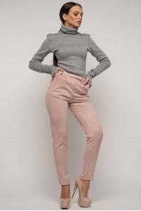 Костюм «Бейс-Роу»: сірий гольф та брюки кольору пудри