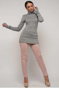 Костюм «Бэйс-Роу»: серый гольф и брюки цвета пудры