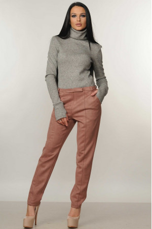 Костюм «Бэйс-Роу»: серый гольф и брюки лилового цвета