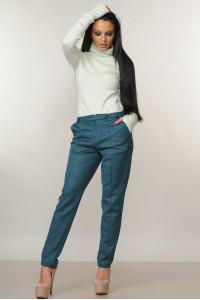 Костюм «Бэйс-Роу»: гольф мятного цвета и брюки изумрудного цвета