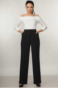 Костюм «Ешлі-Марті»: біла блуза та брюки чорного кольору