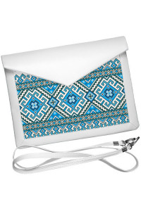 Клатч-конверт «Голубая вышиванка»