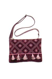 Вышитая сумка вишневого цвета «Колокольчик»