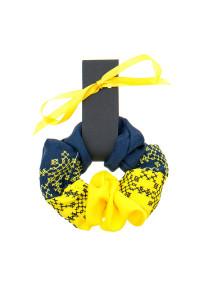 Вышитая резинка для волос желтая с темно-синим