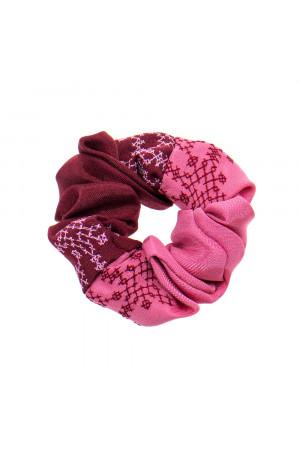 Вишита резинка для волосся рожева з бордовим