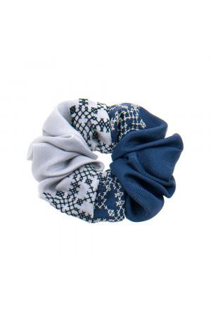 Вышитая резинка для волос синяя с серым