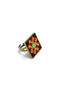 Кольцо «Волшебница» с вышивкой
