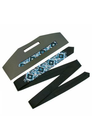 Узкий галстук «Арт» с сине-голубой вышивкой