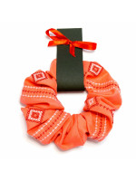 Резинка для волосся коралового кольору з вишивкою