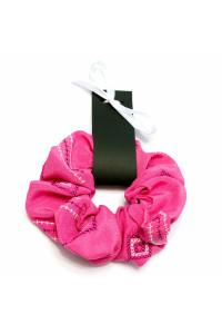 Резинка для волосся рожевого кольору з вишивкою