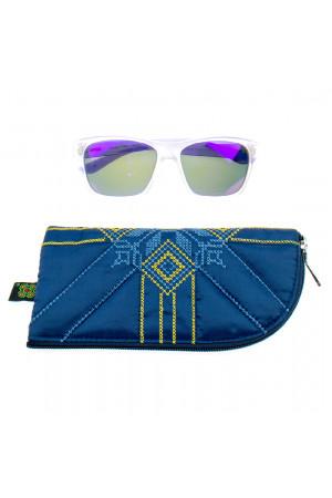 Вишитий чохол для окулярів з жовто-блакитним орнаментом