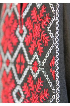 Футболка «Сніжинка» з вишивкою червоного кольору КР