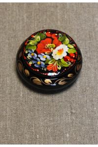 Шкатулка з розписом квітковим орнаментом в українському стилі