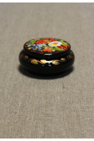 Шкатулка с росписью цветочным орнаментом в украинском стиле