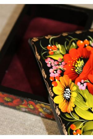 Скринька прямокутна з розписом квітковим орнаментом