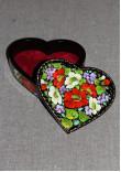 Шкатулка у формі серця