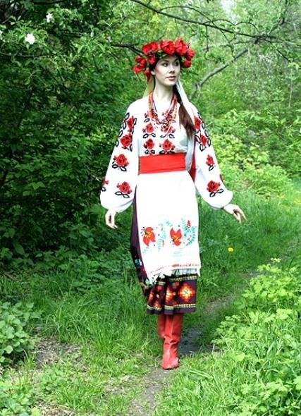 Український народний одяг - результат творчості багатьох поколінь 60c80e64d8009
