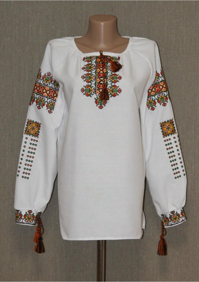 Майстрині чернігівської області клопітливо працювали над створенням гарної  сорочки. Чернігівські вишиванки відрізняються надзвичайно дрібними a6826ca6ce27f
