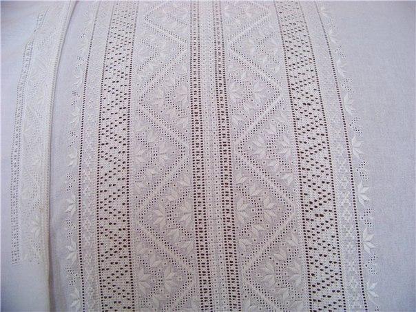 Візитівкою Полтавщини є вишивка білими нитками по білій тканині. «Раніше  жінки вишивали переважно взимку 5e461d4630fd9